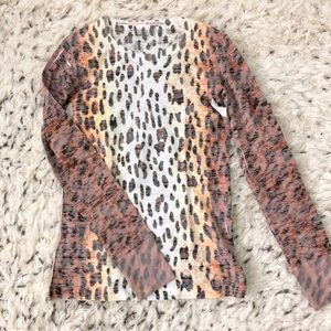 Tops - Leopard thermal shirt